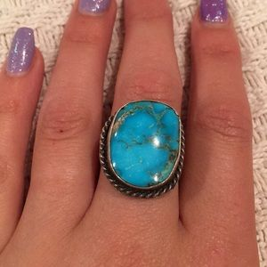 Jewelry - Turquoise stone antique ring